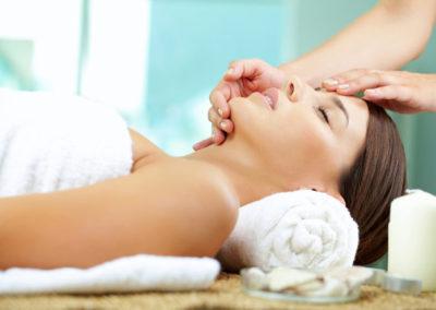 woman-receiving-spa-facial
